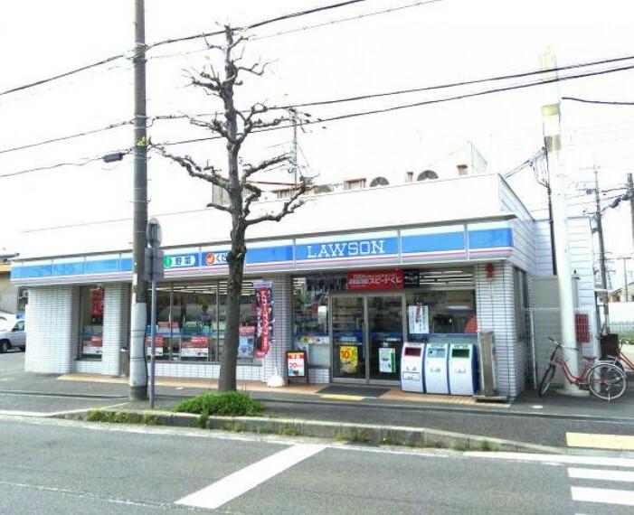 コンビニ ローソン尼崎武庫之荘六丁目店 約76m 徒歩1分
