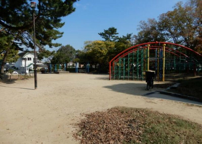公園 友行公園 約350m 徒歩5分