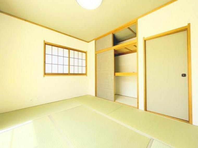 寝室 【和室+押し入れ】
