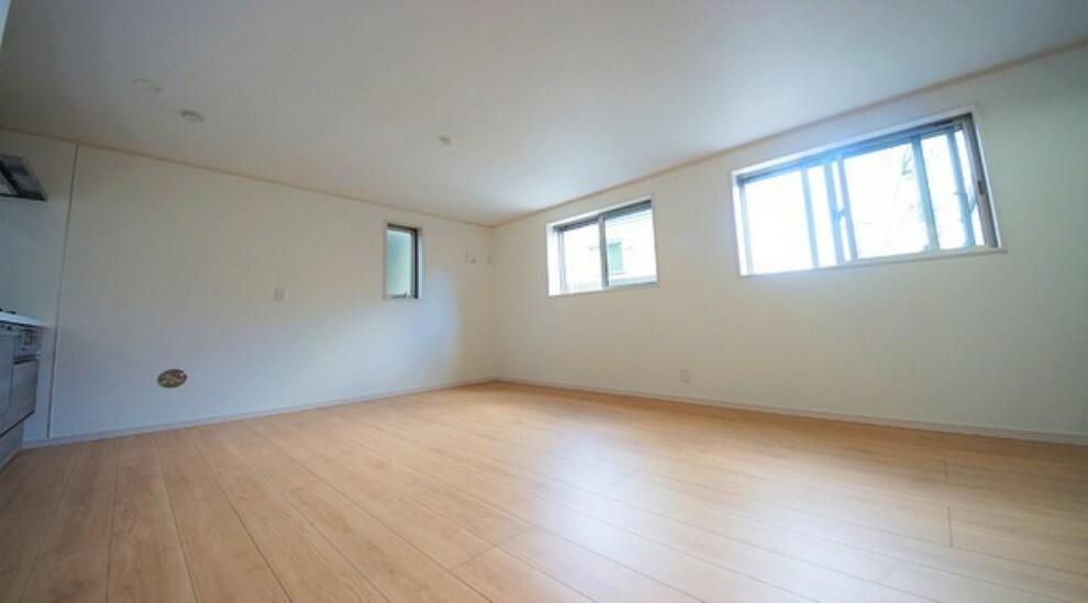 居間・リビング 明るくゆとりある居住空間。