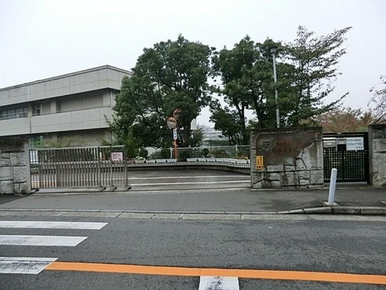 中学校 横浜市立松本中学校 教育目標は 自分の将来に希望をもち、「じりつ」した生き方を実現させていこうとする生徒を育てる