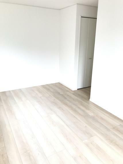 寝室 洋室8.5帖