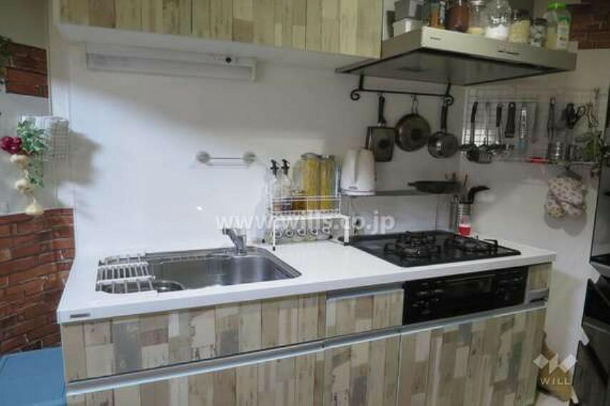 キッチン キッチン[2021年4月18日撮影]2013年8月にリフォーム済みです。大変丁寧にお使いです。