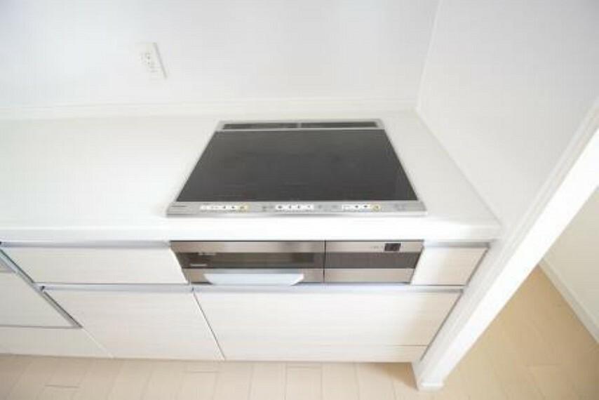 キッチン *IHコンロ* 火を使わない安心があります。
