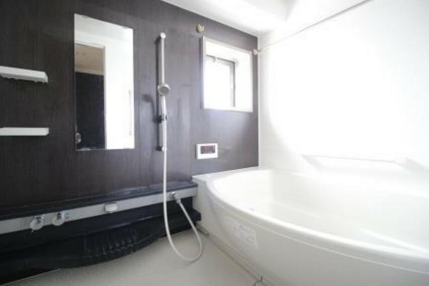 浴室 当物件一番のオススメポイントです。ご家族皆さんで入浴をお楽しみいただけます。