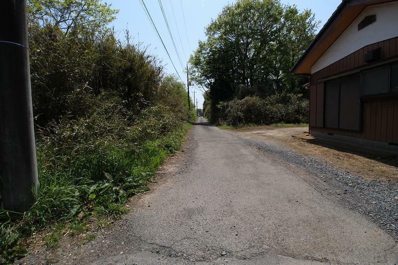 現況写真 2021年4月撮影 南側から前面道路を北方向へ