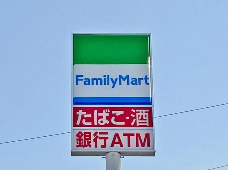 コンビニ ファミリーマート 清須桃栄店