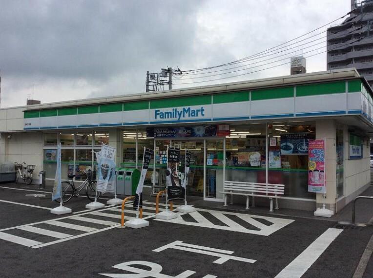 コンビニ 【コンビニエンスストア】ファミリーマート 厚木恩名店まで123m