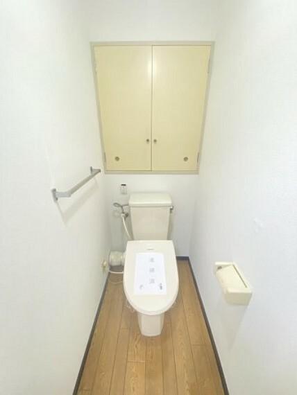 トイレ トイレには収納もあります!