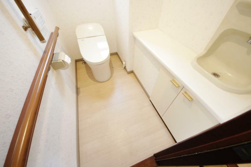 トイレ タンクレストイレでお掃除もラクラク!