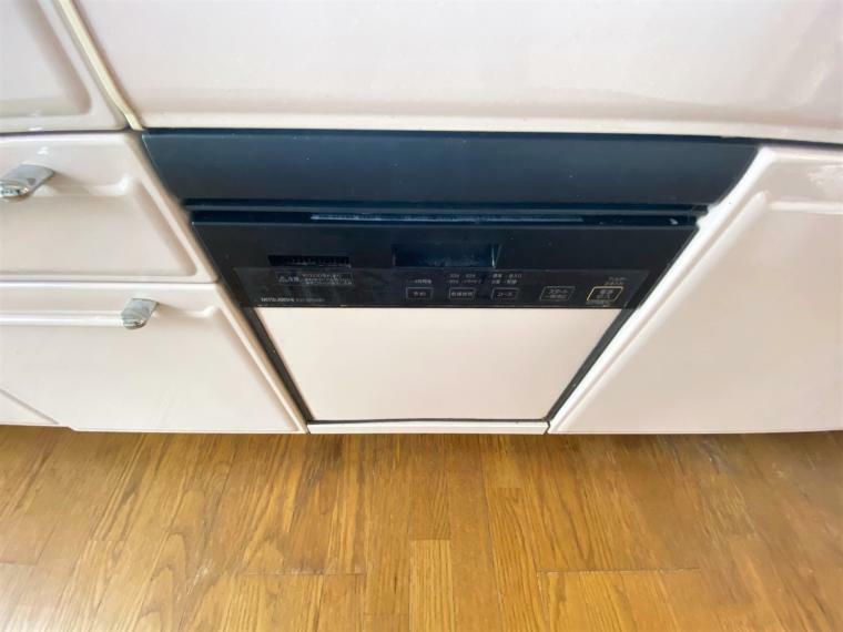 キッチン 嬉しい食器洗浄乾燥機つきです!