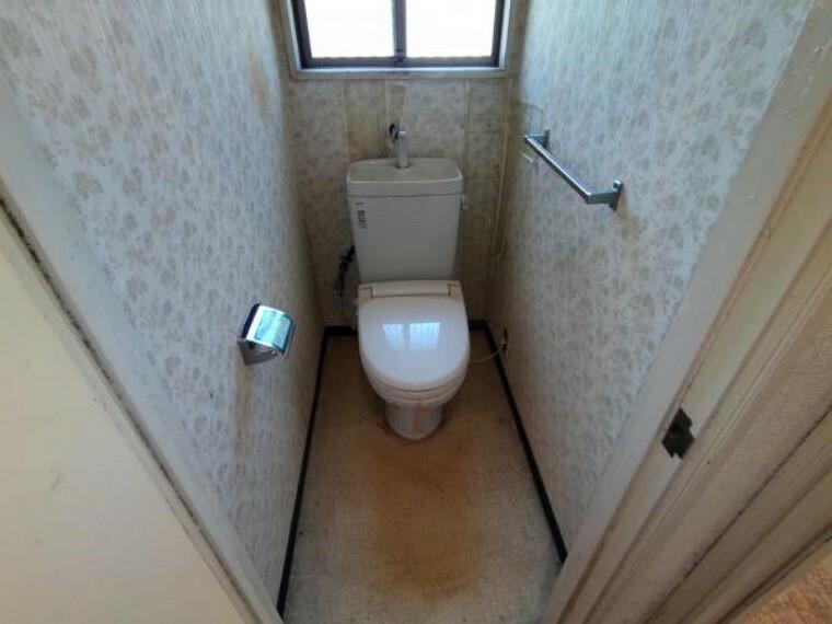 トイレ トイレは温水洗浄暖房便座に新品交換予定です。