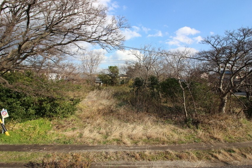 外観・現況 鬼崎中学校まで徒歩13分(約1000m)