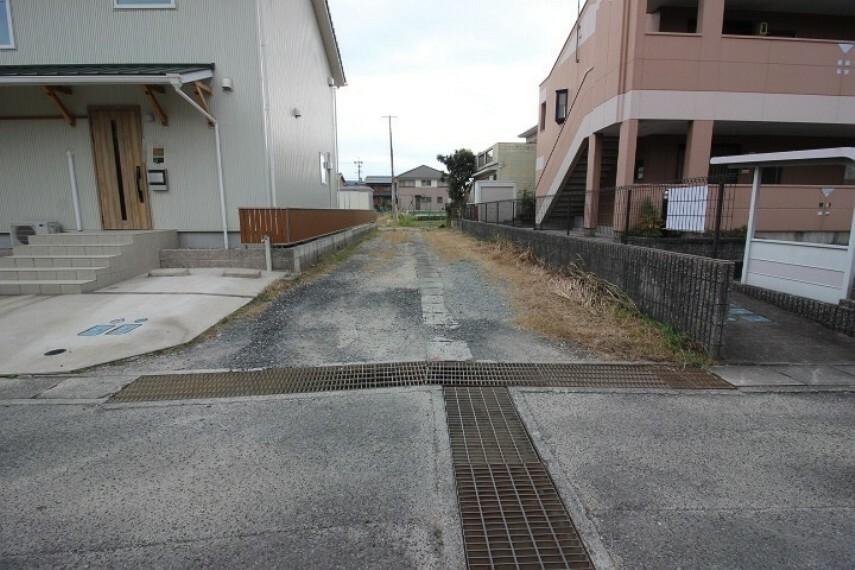 外観・現況 常滑樽水郵便局まで徒歩8分(約600m)