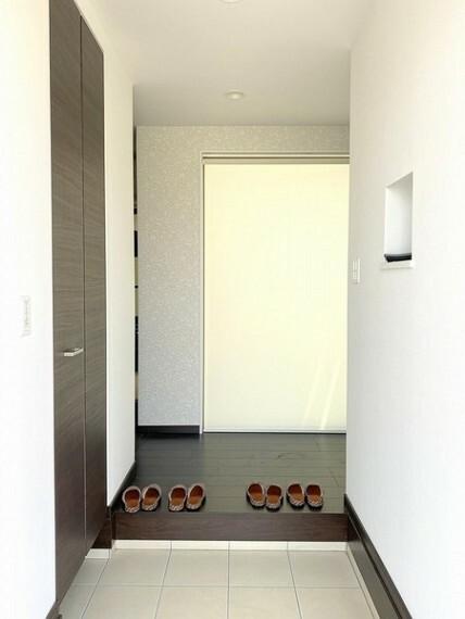 玄関 のびのびとした心地よさを生み出す玄関