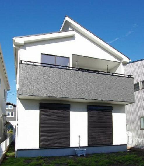 同仕様写真(外観) [外観:同メーカー施工例]同メーカー施工例につき、実際の建物と色・形状は異なります。