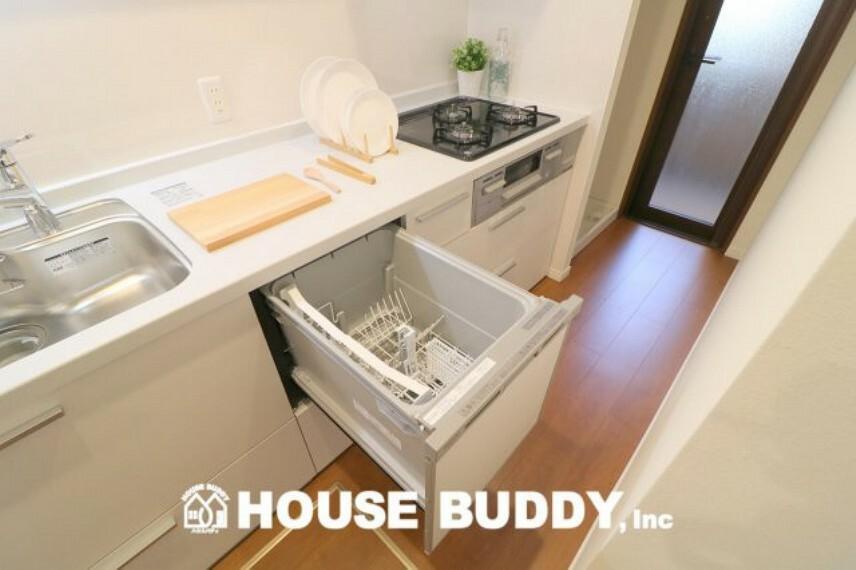 キッチン すっきり機能的で使いやすいシステムキッチン