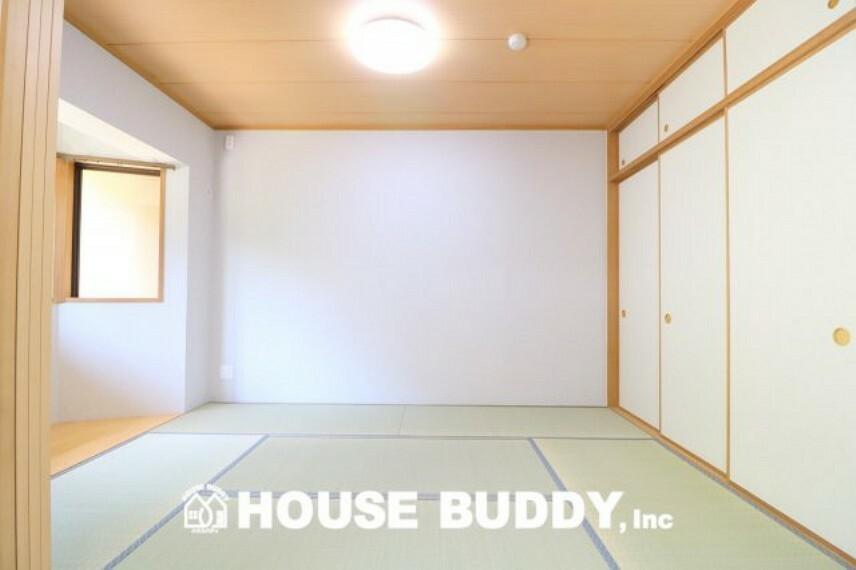 和室 リビングから続く和室は柔らかな光と通気を感じられる2面採光