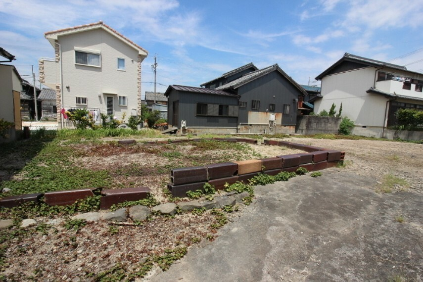 外観・現況 南陵中学校まで徒歩36分(約2870m)