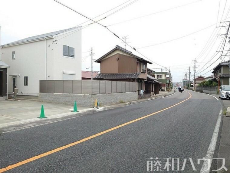 現況写真 接道状況および現場風景 【岩倉市八剱町郷】