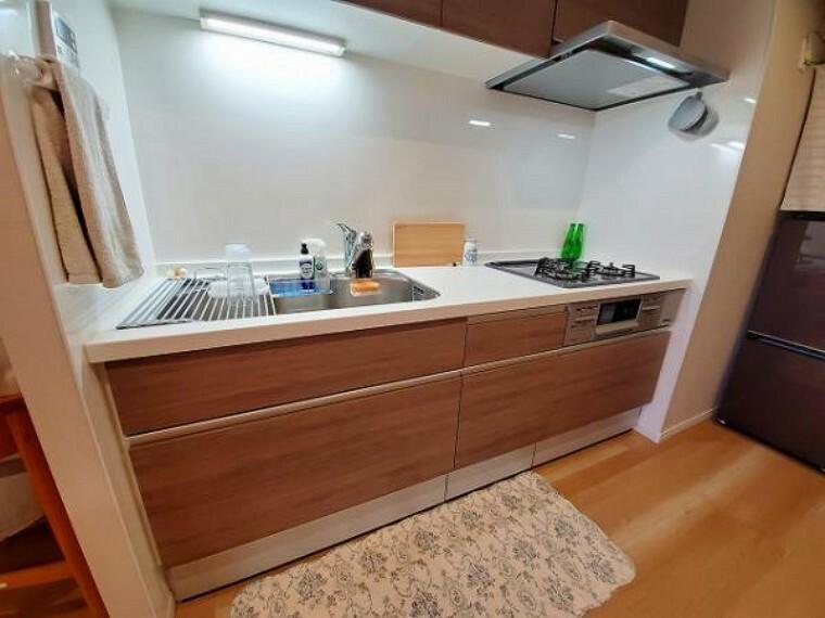 キッチン 機能性とデザイン性を兼ね備えた嬉しいキッチン