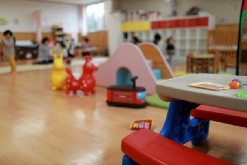 幼稚園・保育園 【保育園】常盤学園保育所まで495m