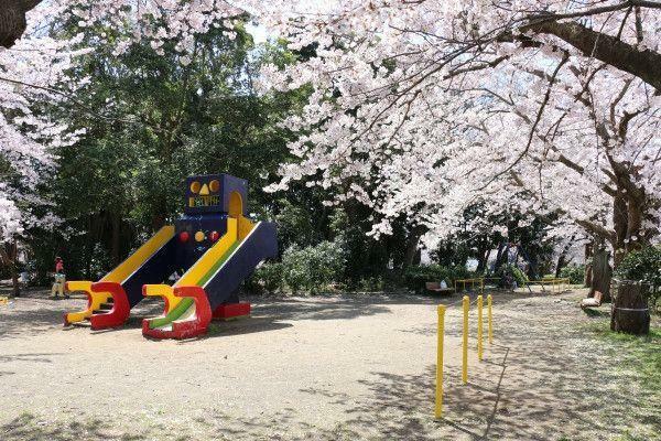 公園 北子安公園 徒歩5分。