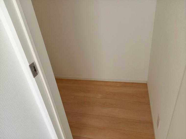 収納 2階の納戸収納