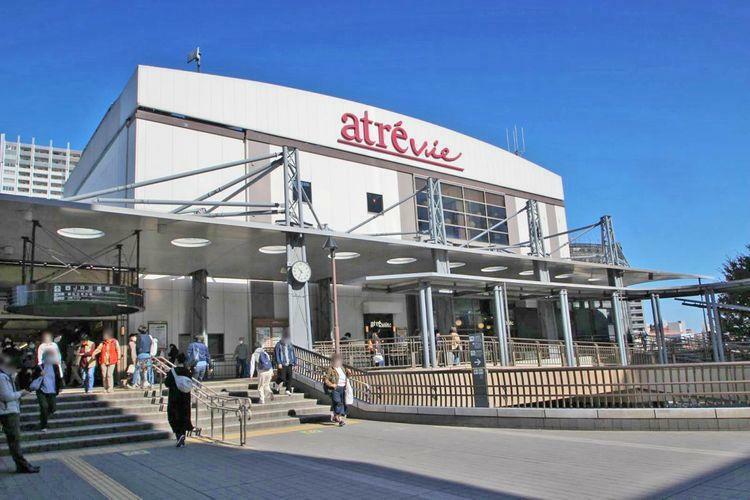 ショッピングセンター アトレヴィ三鷹 徒歩3分。