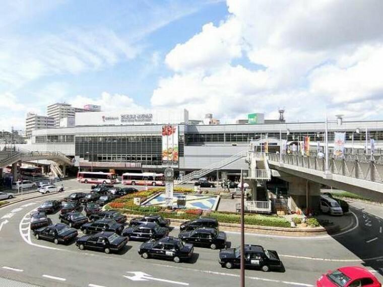 京阪本線「枚方市駅」までバスをご利用いただけます