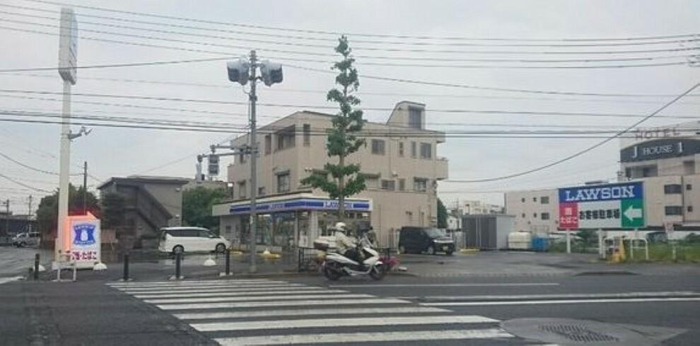 コンビニ 【コンビニエンスストア】ローソン 昭島福島町店まで579m