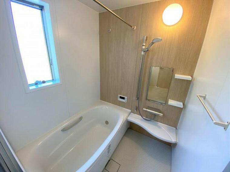 浴室 ゆったりと足を伸ばしてくつろいでいただける浴室です