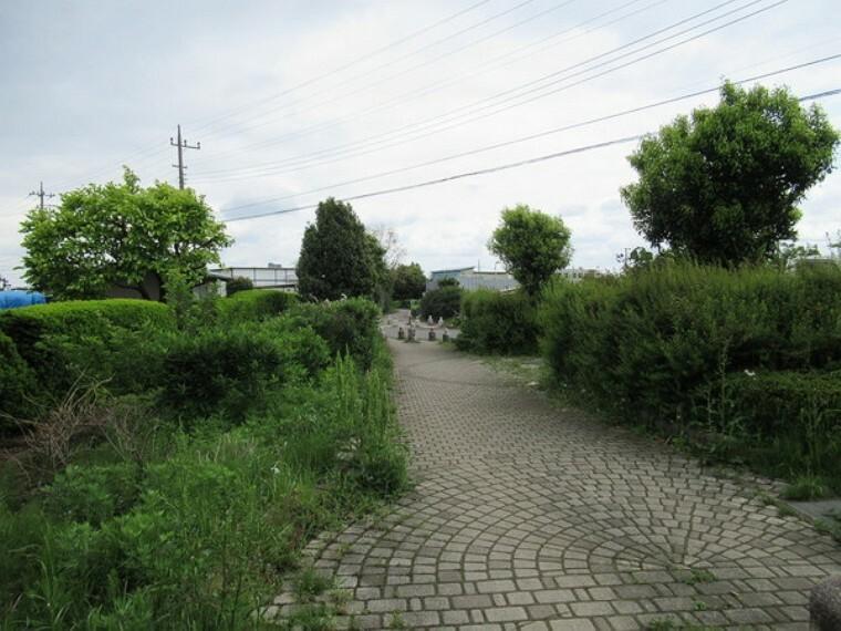 公園 さがみの仲よし小道