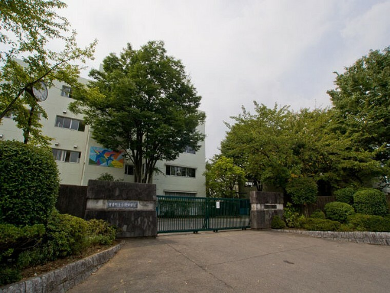 中学校 伊奈町立小針中学校