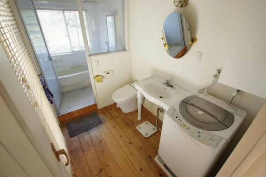 洗面化粧台 ホテルのような作りの2F洗面所