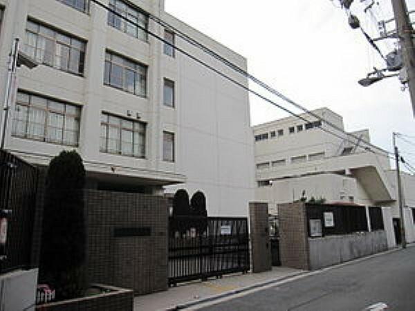 中学校 大阪市立柴島中学校 約290m 徒歩4分