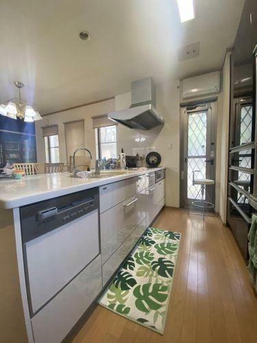 キッチン 作業スペースが広々としたキッチン。