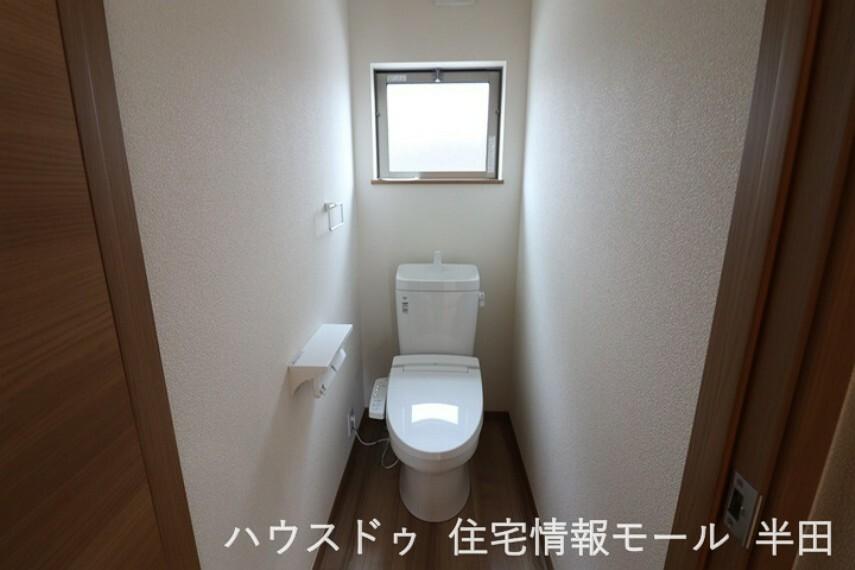 トイレ トイレは1階と2階にあります