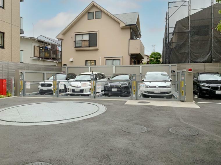 駐車場 敷地内機械式駐車場、空き状況など現在確認中です