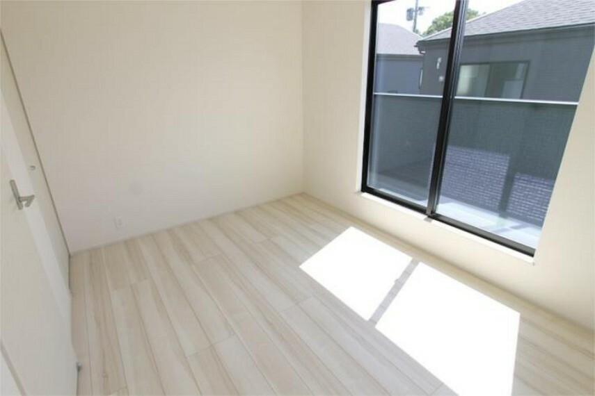 専用部・室内写真 2階に3部屋あります。お子様のお部屋にも出来ます。