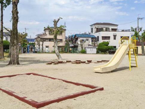 伊加賀栄公園