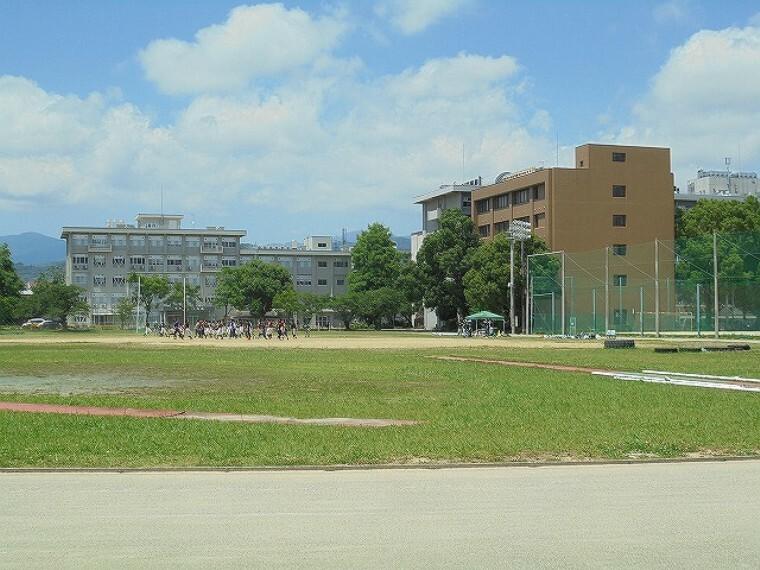 【大学】高知大学 朝倉キャンパスまで439m