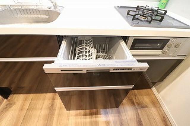 キッチン キッチンには日々の家事に便利な嬉しい食洗機付き。