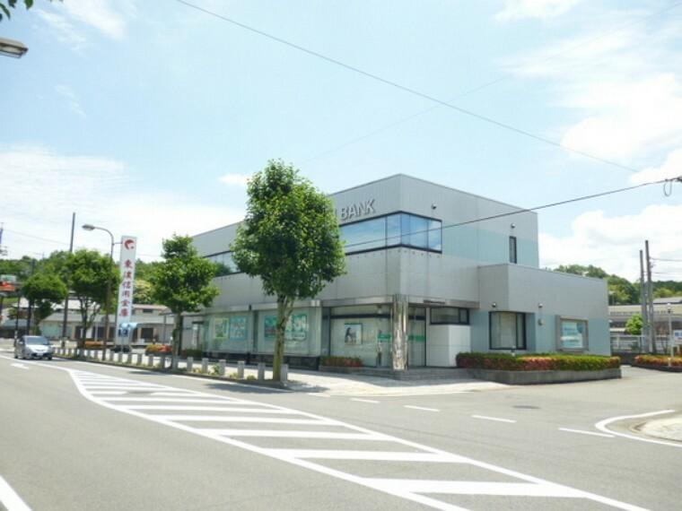 銀行 東濃信用金庫西可児支店