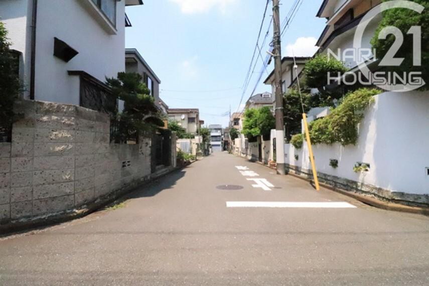 現況写真 前面道路含む現地写真です