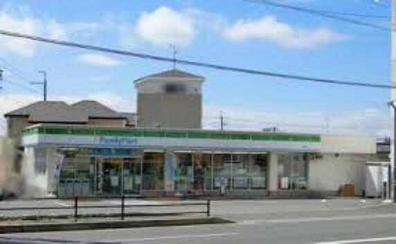 コンビニ 【コンビニエンスストア】ファミリーマート 箕面稲店まで417m