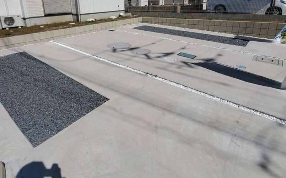 駐車場 駐車しやすい広さでカーポート設置も可能!
