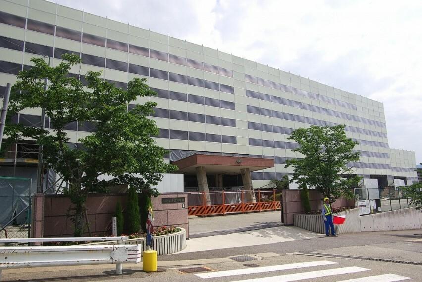 中学校 【中学校】川西市立東谷中学校まで801m