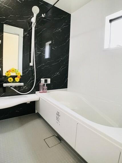 浴室 同社施工例。実際とは異なります。