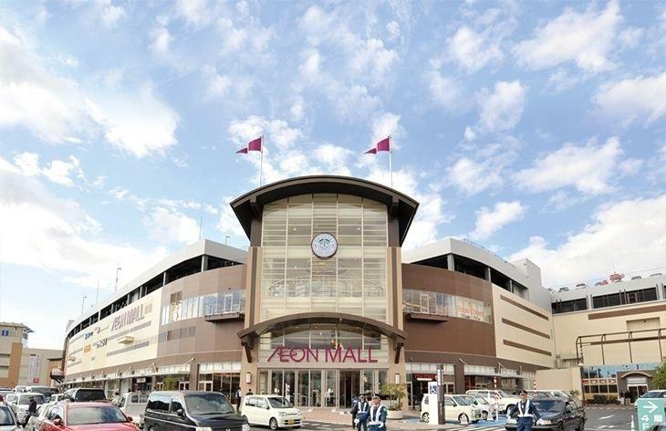 ショッピングセンター イオンモール岡崎 徒歩14分。